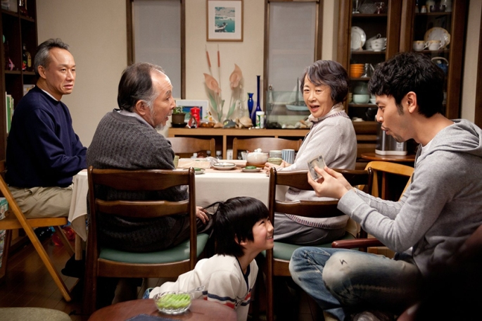 tokyo-family-table