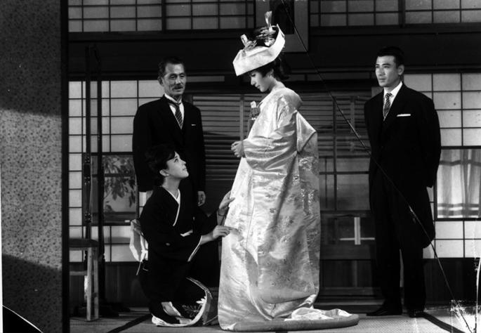 still-of-shima-iwashita-in-sanma-no-aji-large-picture-1784833857