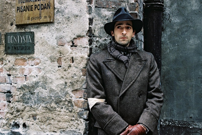 adrien-brody-in-the-pianist-2002-large-picture