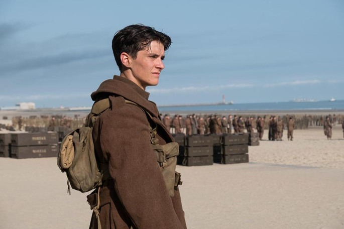 fionn-whitehead-in-dunkirk-2017-large-picture