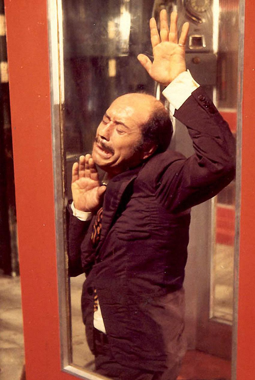 1972 La cabina (Jose Luis Lopez Vazquez) (tv) 02