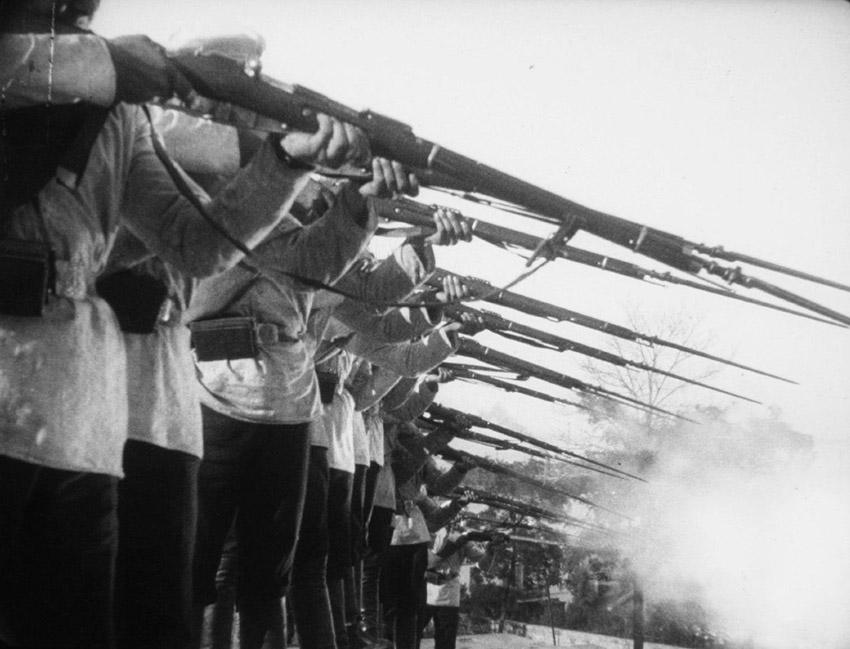Luchshie-filmyi-v-retsenziyah-Bronenosets-Potyomkin-Bronenosets-Potemkin-1925-2